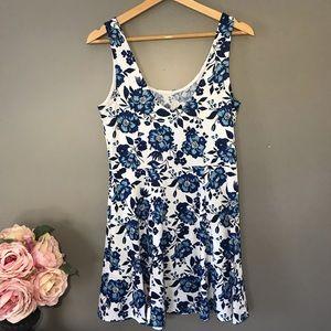Divided Dresses - Divided H&M Floral Dress   sz 10 ✨